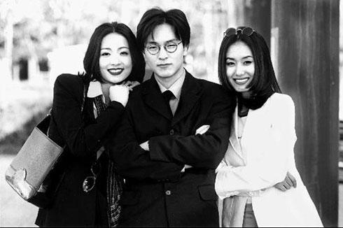 出演电视剧《看了又看》的演员朴龙河(中) / 朝鲜日报网
