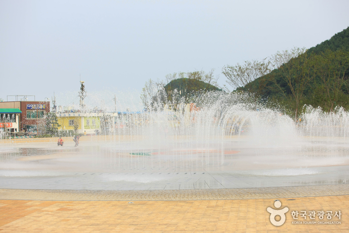 Dadaepo Sunset Fountain of Dream (다대포 꿈의 낙조분수)