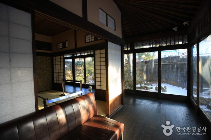 Японский традиционный дом в Кунсане (Дом Хироцу) / (군산 신흥동 일본식가옥(히로쓰 가옥)) 15