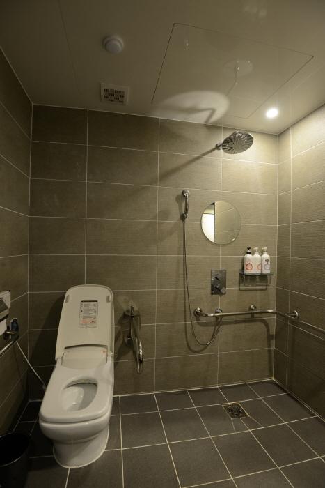 출입구 단차 없는 욕실
