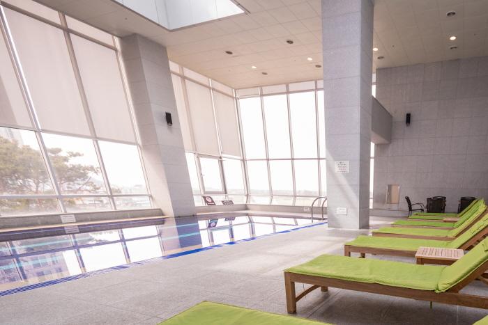 Holiday Inn Gwangju (홀리데이 인 광주 호텔)
