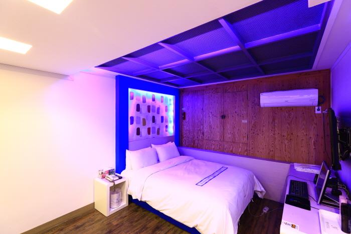 The Stay Hotel [Korea Quality] / 더 스테이 호텔 [한국관광 품질인증]