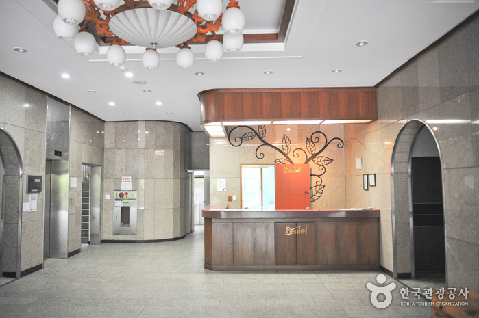 Bnial Family Hotel (브니엘청평가족호텔)
