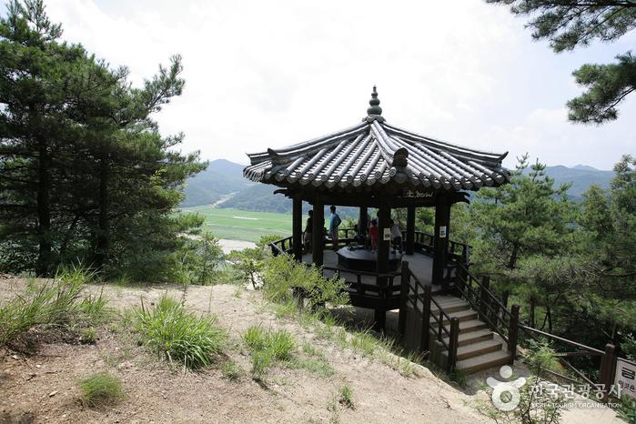 Hoeryongpo Village (회룡포)