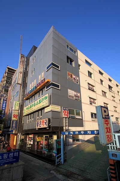 Guesthouse Korea Busan Station - Goodstay (게스트하우스코리아 부산역 [우수숙박시설 굿스테이])