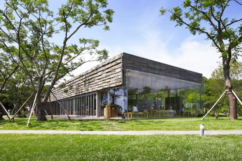 Innisfree Jeju House  (이니스프리 제주하우스)