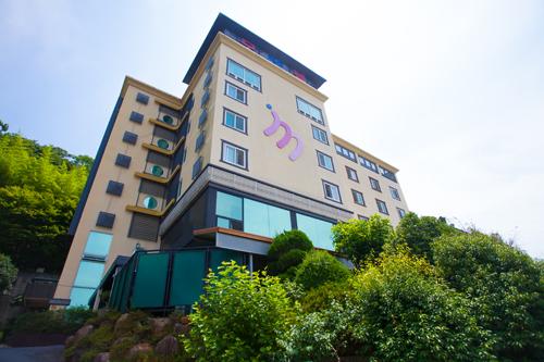 m Motel - Goodstay (엠버서더 모텔 [우수숙박시설 굿스테이])