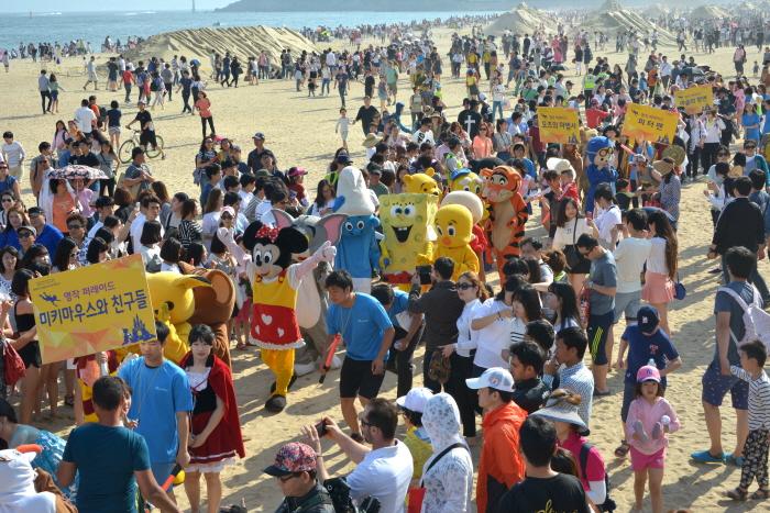 Фестиваль песка на пляже Хэундэ в Пусане (해운대 모래축제)