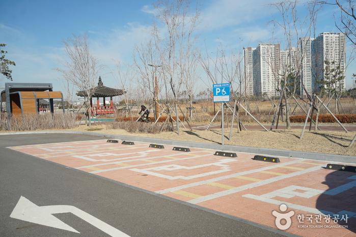 Seenpark Cheongna (청라호수공원)