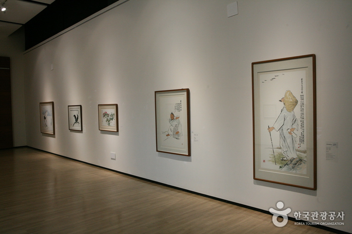 Woljeon Museum of Art Icheon (이천시립월전미술관)