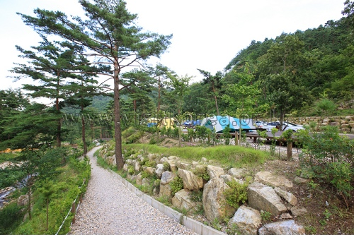 Geombongsan Recreational Forest (검봉산자연휴양림)