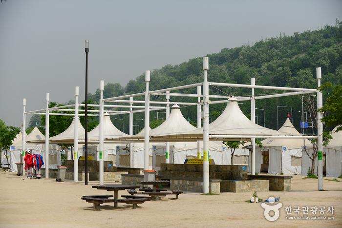 Nanji Hangang Park (Nanji Camping Site) (한강시민공원 난지지구(난지한강공원))