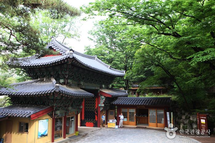 Храм Кильсанса (길상사(서울))4