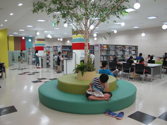 수성구립 범어도서관