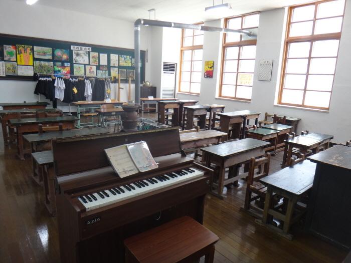 Образовательный музей «Ханбат» (한밭교육박물관)9