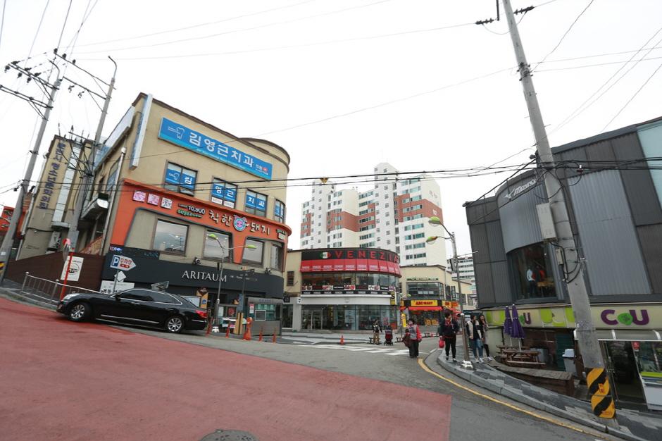 Улица Мёндон в Чхунчхоне (춘천명동)12