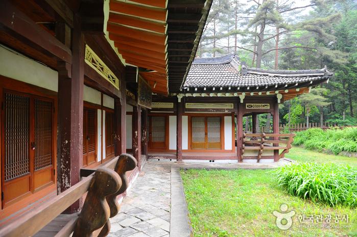 Jangsudae Pavilion (장수대)