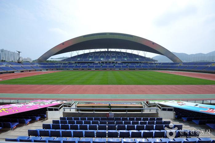 Стадион Чемпионата мира по футболу в Кванчжу (광주월드컵경기장)3