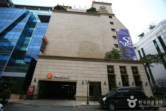 Hotel SR (분당 SR (에스알)호텔)