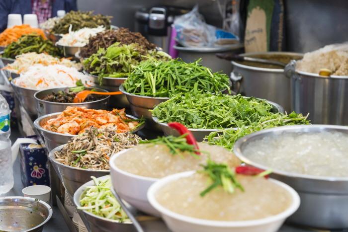 보리비빔밥 재료들