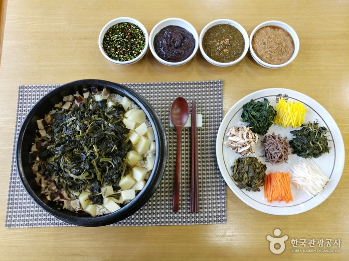 평창 정강원(한국전통음식문화체험관)의 강원나물밥.