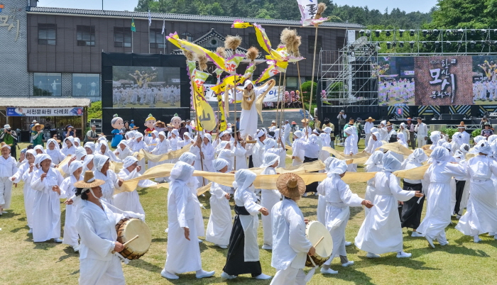 韩山苎麻文化节한산모시문화제