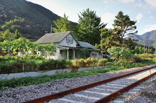 Gaeun Station in Mungyeong (문경 구 가은역)
