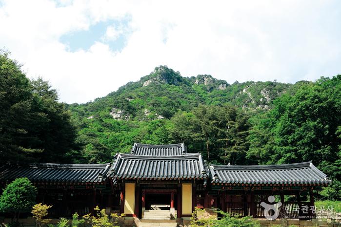 清平寺(春川)(청평사(춘천))