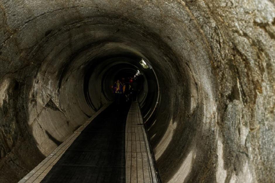 第4トンネル(제4땅굴)