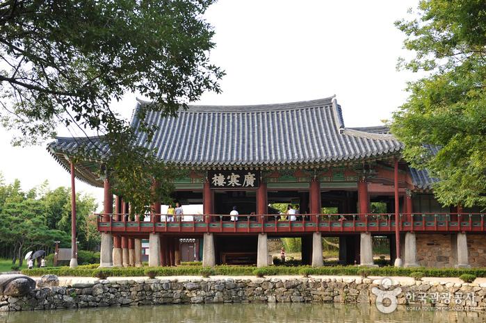 Павильон Кванхаллу (광한루)