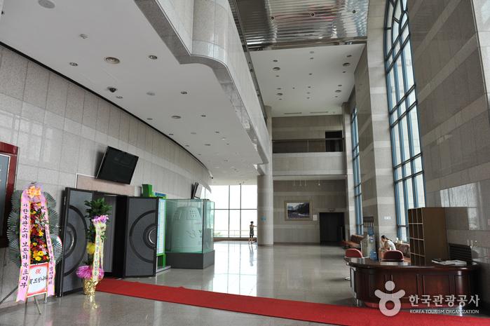 Культурно-художественный центр Мокпхо (목포문화예술회관)10