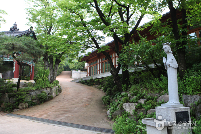 Gilsangsa Temple (Seoul) (길상사(서울))