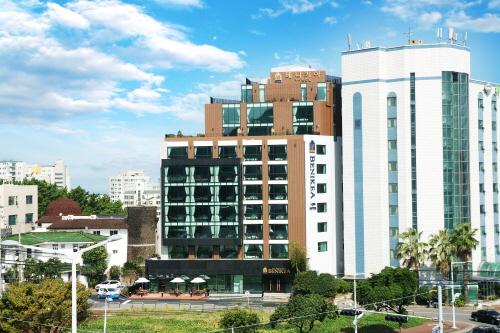 BENIKEA I-JIN Hotel (베니키아 아이진호텔)