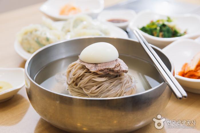 チョンイン麺屋(정인면옥)