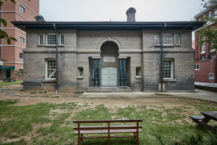 Owen Memorial Hall (오웬기념각)