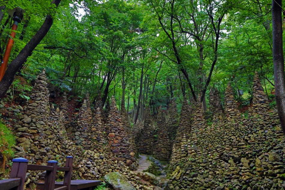 팔룡산 돌탑공원