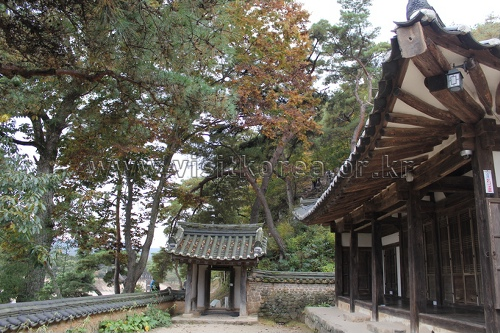 Ogyeonjeongsa House in Hahoe Village (안동 하회마을 옥연정사)