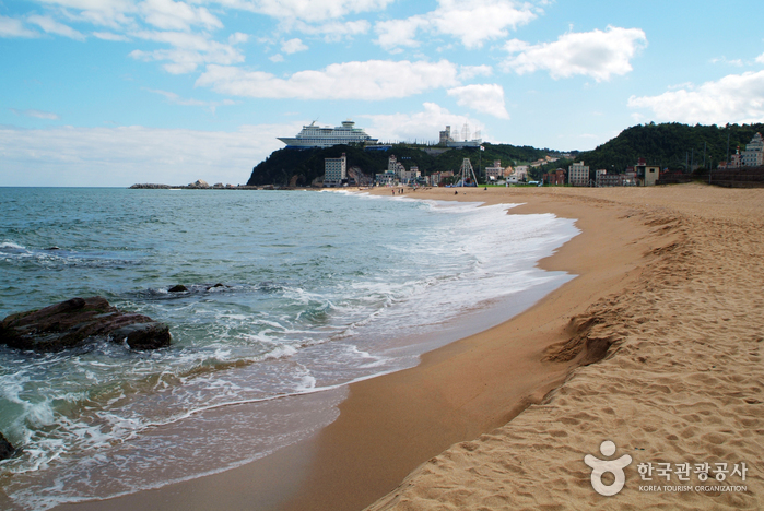 Strand Jeongdongjin (정동진해수욕장)