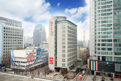 Ramada Seoul Jongno (라마다 서울 종로)