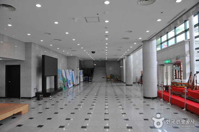 Центр традиционных исполнительских искусств провинции Кёнги-до6
