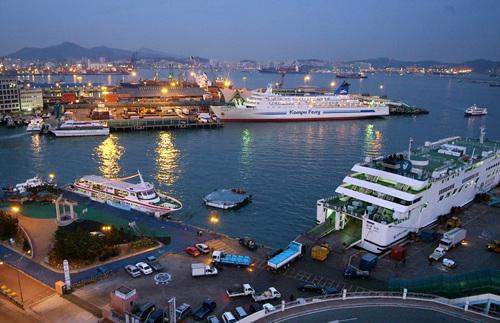 Busan Port Passenger Terminal (부산연안여객터미널)