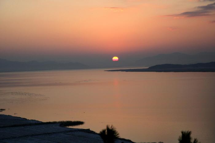 灵岩湖(候鸟栖息地)영암호(철새도래지)