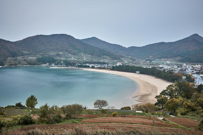 尚州银沙滩海边(상주은모래비치)