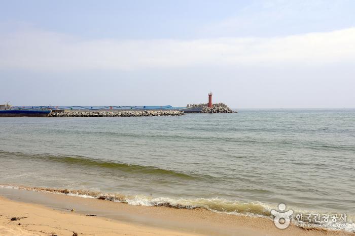 Strand Bongsudae (봉수대해변)