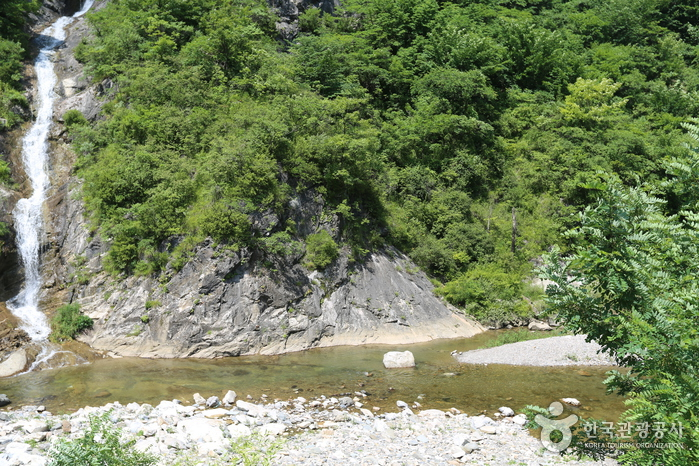 Eorayeon Valley (어라연 일원)