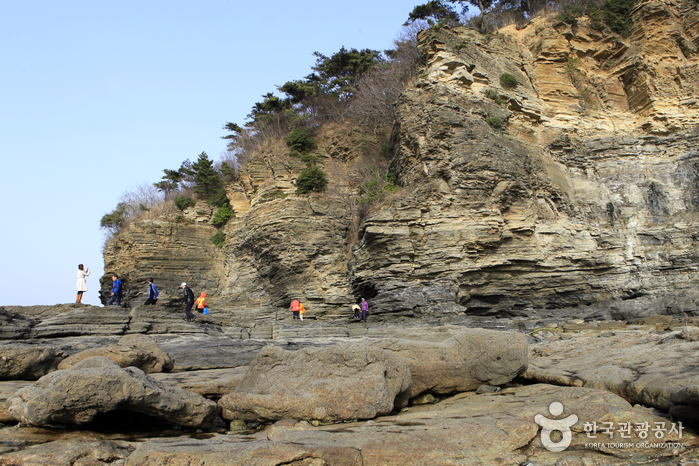 Chaeseokgang Cliffs (부안 채석강)