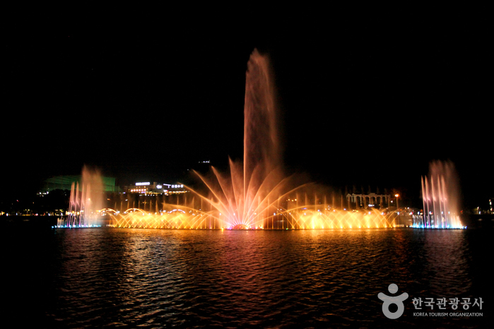 Suseong Resort (수성유원지)