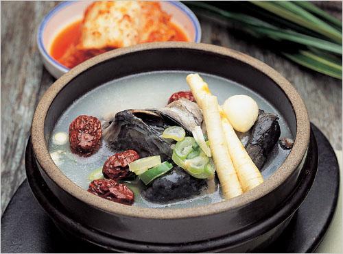 Ресторан Корё самгетхан (고려삼계탕)4