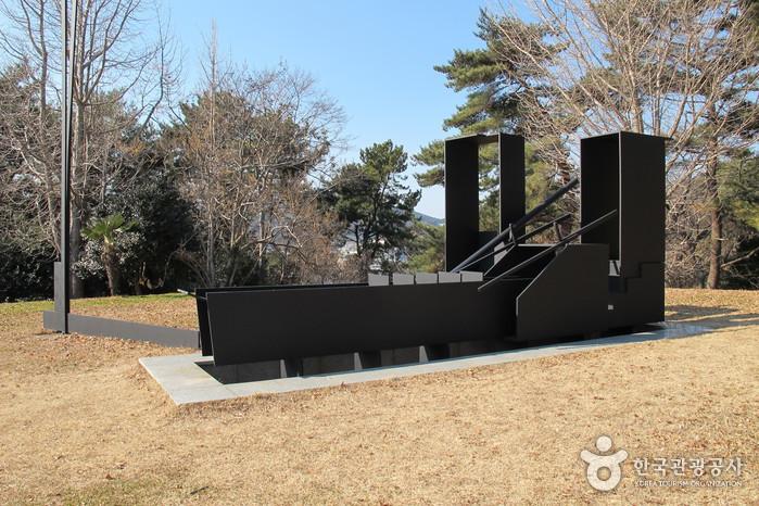 Парк скульптур Наммансан (남망산 조각공원)6