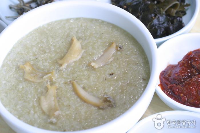 济州石锅(제주뚝배기)